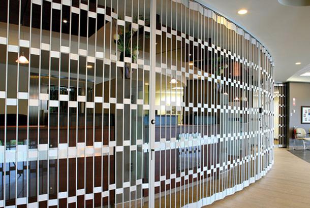 Rideaux métalliques et rideaux de sécurité